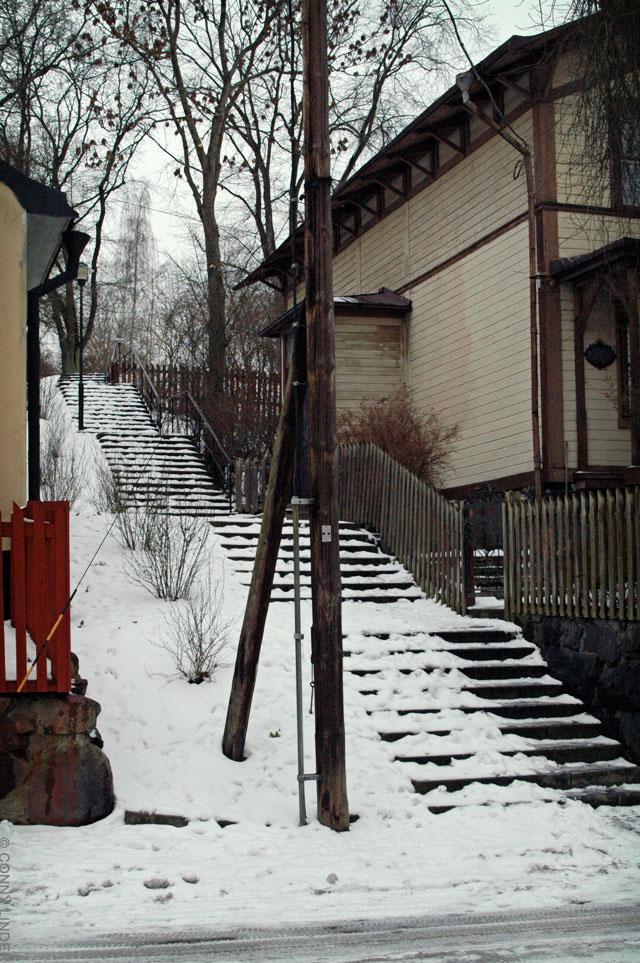 Stora Mejtens Gränd mot Sofia kyrka.